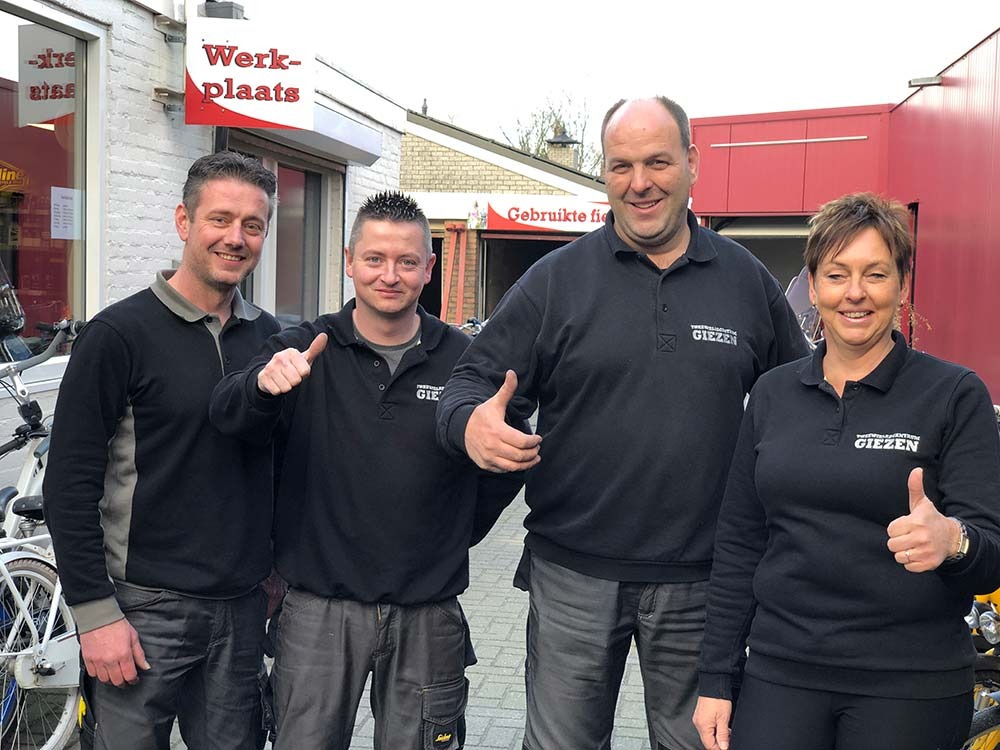 team Giezen Tweewielers, fietsenwinkel Groningen